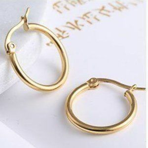 Jewelry - NWOT 20mm Gold Small Hoops